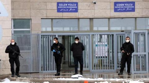 İran'dan gelen 18 Türk gözlem altına alındı