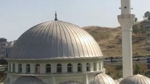 İzmir'de camilerden 'Çav Bella' okundu