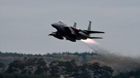 Reuters duyurdu! ABD savaş uçağı düştü!