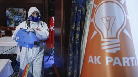 AK Parti grubunda korona çıktı