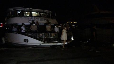 Bebek'te 150 kişilik yat partisine polis baskını