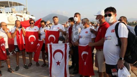 Mersin'den KKTC'ye yüzme başladı