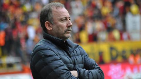 Beşiktaş'ta Paok maçında forvette kim yer alacak?