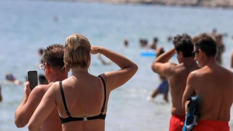 Antalya'da denizaltı göründü