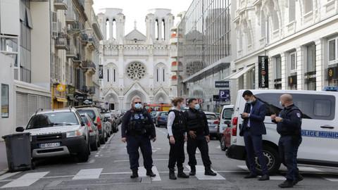 Suudi Arabistan'da Fransa'nın konsolosluğuna saldırı!