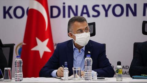 Cumhurbaşkanı Yardımcısı Oktay:  İzmir'de ağır hasarlı 26 bina acil olarak yıkılacak