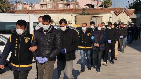 Adana'da 28 firari hükümlü şafak operasyonuyla yakalandı