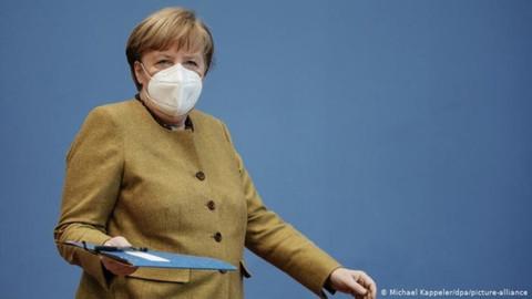 Merkel: Pandemi bir doğal felaket olarak yüzyılın felaketi