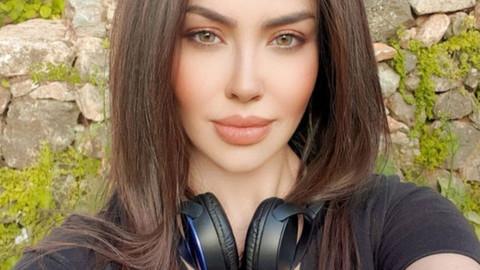 Lara'dan estetik açıklaması: Sonunda dudaklarım küçüldü