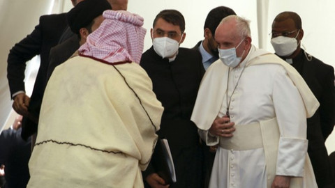 Papa Kur'an-ı Kerim dinledi