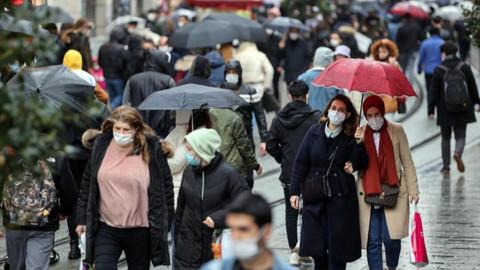 Trafik kilitlendi! Yasaksız ilk Cumartesi sonrası İstanbul kızardı