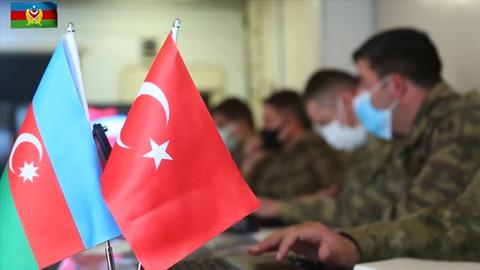 Azerbaycan ve Türk ordularının muhabere birlikleri ortak tatbikata başladı