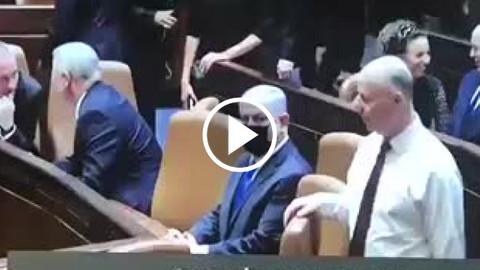Netanyahunun 12 yıl sonra koltuktan kaldırılması