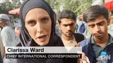 Taliban, canlı yayında CNN ekibine saldırdı!