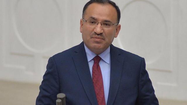 Bozdağ'dan Hakan Atilla açıklaması: Mahkeme hukuku çiğnedi