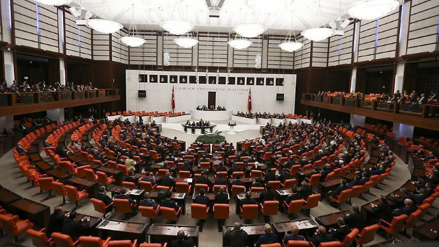 HDP'nin, Meclis'teki sandalye sayısı 59'dan 53'e düştü