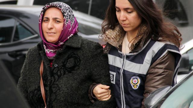 Son dakika... Adana'da telefonunda ByLock tespit edilen öğretmen serbest bırakıldı