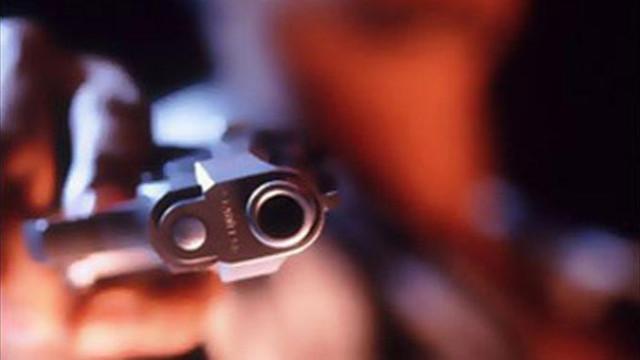 Sınır köyünde iki aile arasında silahlı çatışma: 10 yaralı