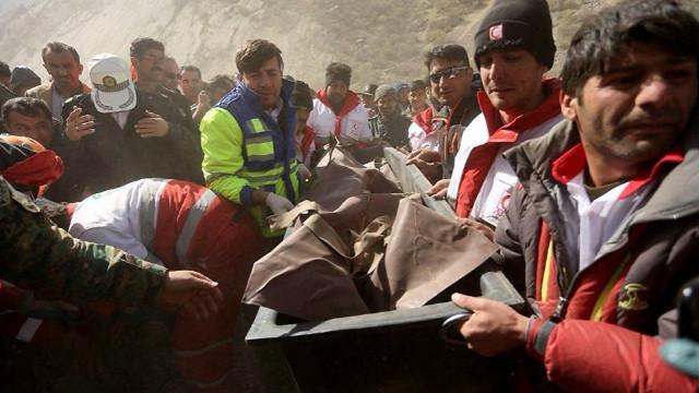 Düşen Türk jetinde bir kişinin kayıp olduğu belirtildi