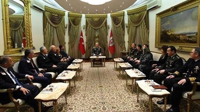 Genelkurmay Başkanı Orgeneral Akar, şehit yakınlarını kabul etti