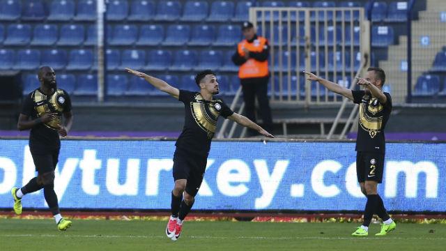 Galatasaray Serdar Gürler'in peşinde