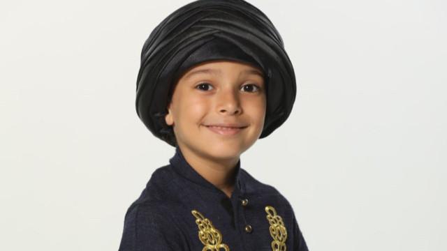 Kalbimin Sultanı Şehzade Adülhamid, Çınar Kibritçioğlu kimdir?