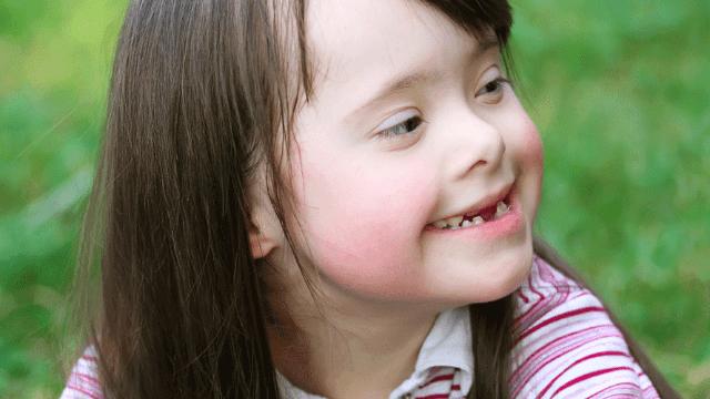 Down sendromu ve otizm arasındaki fark nedir?