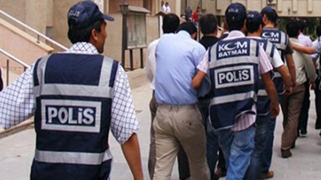 Bitlis merkezli 11 ilde FETÖ operasyonu: 16 gözaltı