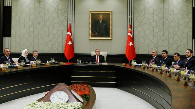 İlk kabine toplantısının ardından İbrahim Kalın'dan OHAL açıklaması