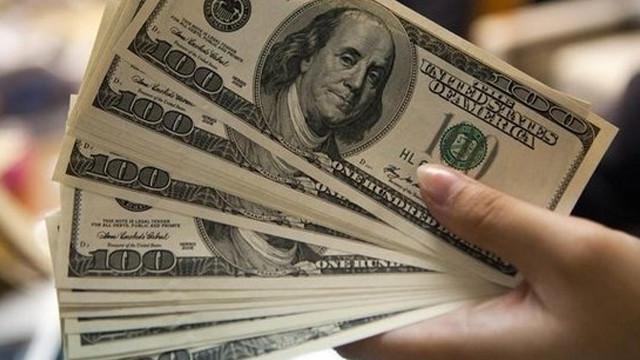 Dolar ve altında yükseliş devam ediyor