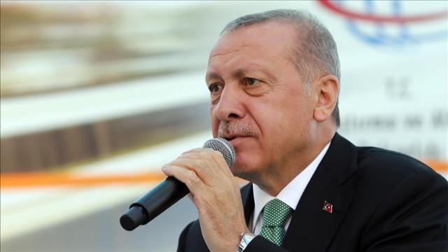 Cumhurbaşkanı Erdoğan: Kimse bu millete tehditle adım attıramaz