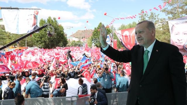 Cumhurbaşkanı Erdoğan New York Times'a yazdı: Yeni müttefikler aramaya başlayacağız