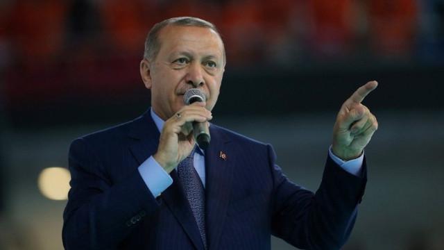 Cumhurbaşkanı Erdoğan: Oyununuzu gördük ve meydan okuyoruz. Teslim olmayacağız