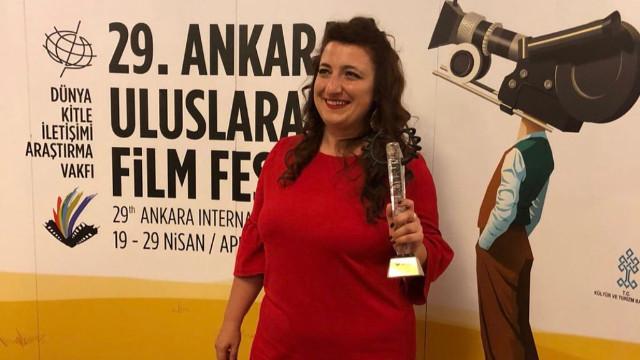 Gülperi dizisinin Kader Taşkın'ı Gülçin Kültür kimdir?