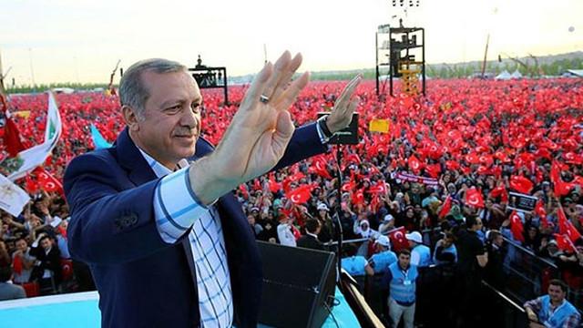Cumhurbaşkanı Erdoğan: Nereye kaçarlarsa kaçsınlar inlerine gireceğiz