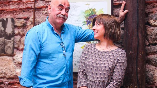 Ezel Akay'dan ''Türkiye travesti bir ülke'' açıklaması