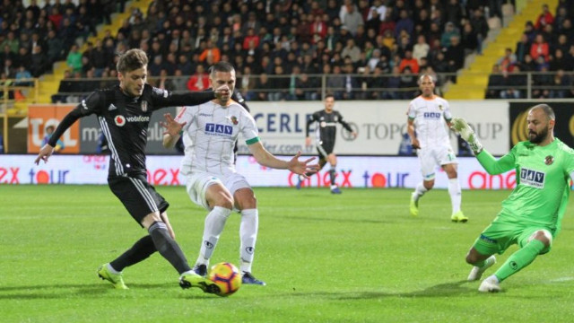 Beşiktaş Alanyaspor'a takıldı