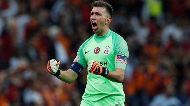 Galatasaray sezon sonu Muslera'ya veda edecek
