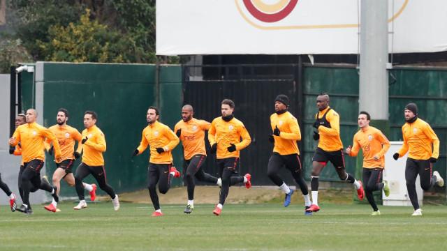 Galatasaraylı futbolculardan galibiyet yemini