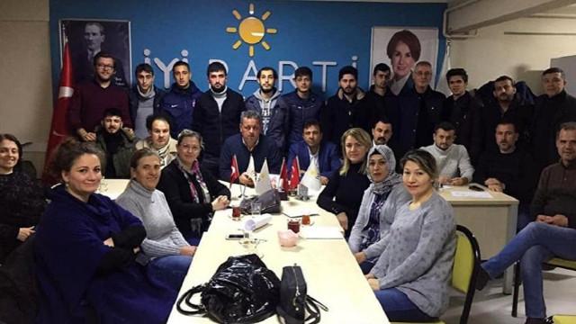 İYİ Parti'nin Karacabey yönetimi istifa etti