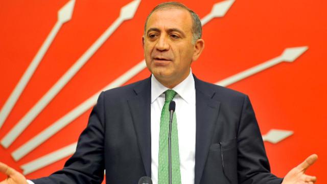 Gürsel Tekin CHP yönetimini eleştirdi