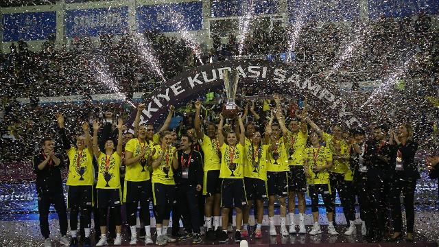Basketbolda Kadınlar Türkiye Kupası Fenerbahçe'nin