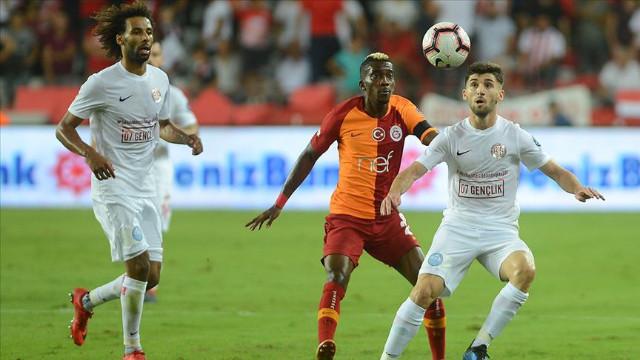 Galatasaray sahasında Antalyaspor'u ağırlıyor
