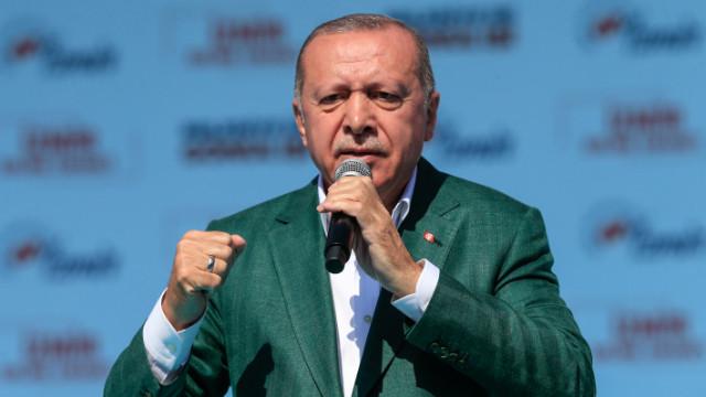 Cumhurbaşkanı Erdoğan: Dik durdukça hiç bir Haçlı bozuntusu aramıza giremez