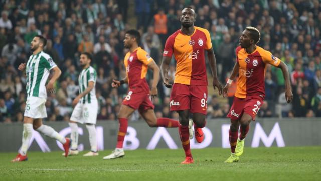 Galatasaray 2-0 geriye düştüğü maçtan 3 puanla döndü