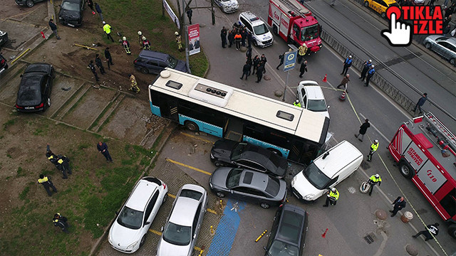 Beyazıt'ta özel halk otobüsü kaza yaptı: Çok sayıda yaralı var