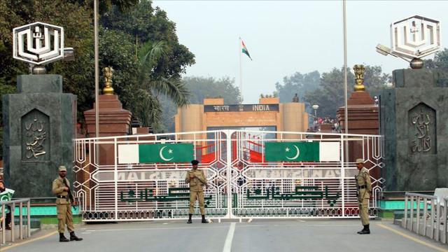 Pakistan Başbakanı Han: Keşmir kazanı bu şekilde kaynamaya devam edemez