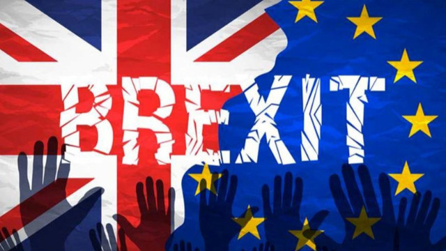 Brexit ertelendi!