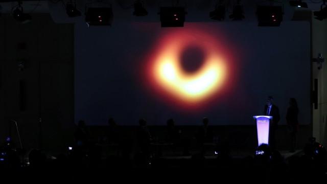 Kara Delik nerede? Kara delik görüntüsü- Kara delik güneşi yutabilir mi?