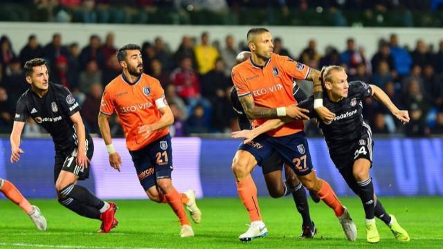 Başakşehir şampiyonluk yolunda Beşiktaş'a takıldı